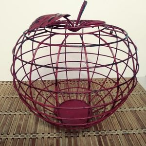 NEW VIEW RUSTIC RED METAL APPLE BASKET